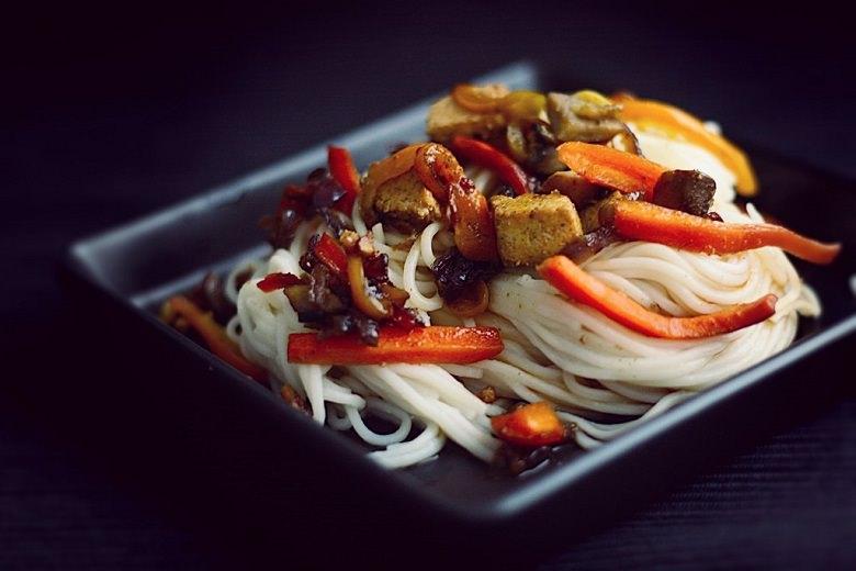 Somen-Nudeln mit Gemüse