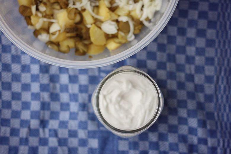 Kartoffelsalat mit veganer Mayonnaise - Kartoffelsalat genießen, auch ohne rohe Eier